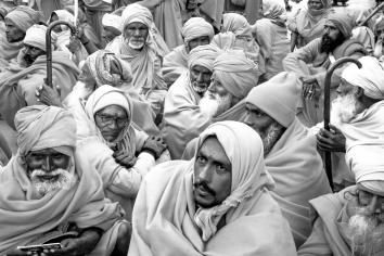 Pilgrims Waiting Kumbh Mela - 2019
